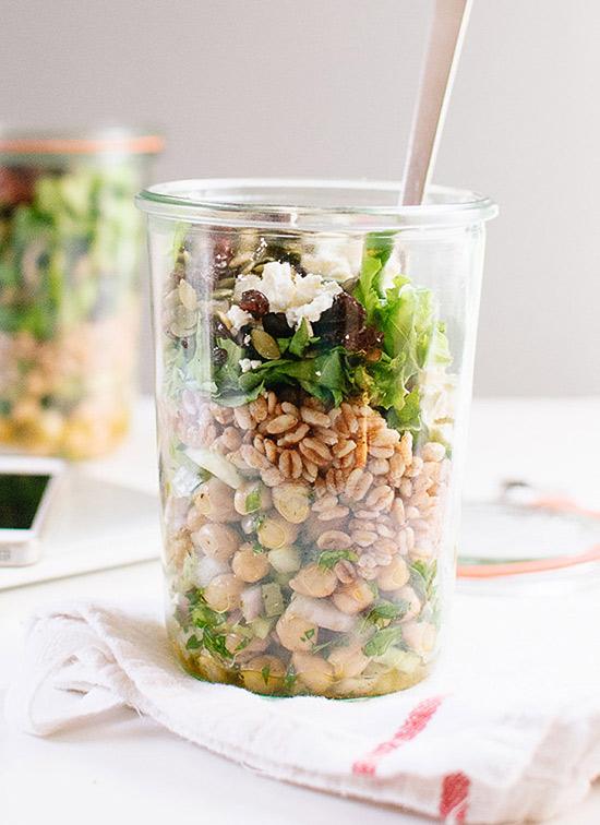 Naut, Farro si salata verde