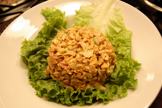 Salata-cu-tofu-si-sos-de-soia
