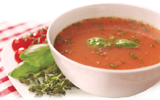 Geanina Varga slăbeşte cu supă de roşii! | Click